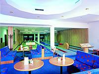 Sportcentrum Apollo, Třída Tomáše Bati 1542, Otrokovice – 4 dráhy (2 dráhy kuželky – sportovní, 2 dráhy bowlingu), šňůrové stavěče Vollmer, scoring KBC04 - DOS s řídícím PC, rok výstavby 1999