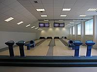 Bowling – Sportovní areály, U Stadionu 531, Stochov – 4 dráhy UV, šňůrové stavěče Vollmer, scoring KBC04 - DOS s řídícím PC, rok výstavby 2002