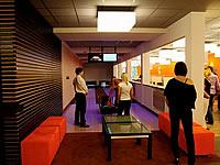 Bowling - Golf Brno, Golfový areál KASKÁDA, Jinačovice – 2 dráhy UV, šňůrové stavěče Vollmer, scoring KBC04W s dotykovými displeji, rok výstavby 2009