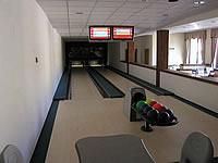 Springcentrum Čelákovice, Sedláčkova 105, Čelákovice – 2 dráhy UV s automatickým bumpersystémem, šňůrové automaty Vollmer, scoring QubicaAMF Bowland X, rok výstavby 2007